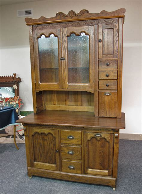 country kitchen hutch quartersawn oak kitchen hutch 2811