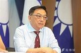 陳宜民擬選鳳山立委 偕韓國瑜拜年看板曝光-風傳媒