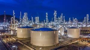 hydrocarbon storage tank spacing