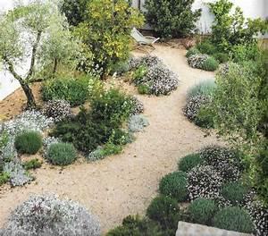 les 25 meilleures idees de la categorie jardin With delightful amenagement de jardin avec des pierres 2 rocaille au jardin fleuri