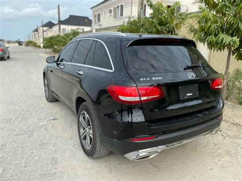 Power recline, height adjustment, cushion extension, fore/aft movement and cushion tilt. Looking For Mercedes GLC 300 - Autos - Nigeria