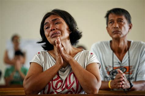 Nuns help debrief stressed typhoon victims arriving in Manila | The Catholic Sun
