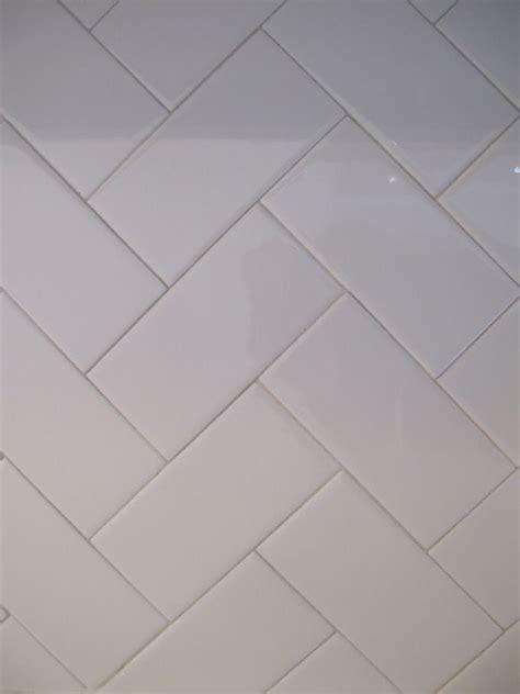 herringbone backsplash tile home depot best 25 herringbone subway tile ideas on