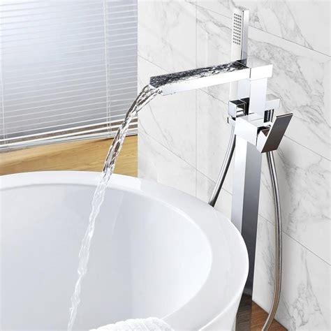 robinet sur baignoire robinet mitigeur baignoire cascade tano sur pied le
