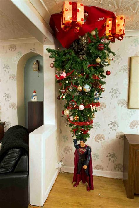when should christmas decorations come down uk