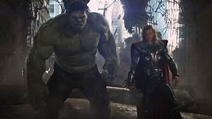 Thor v The Hulk | Fandango Groovers Movie Blog