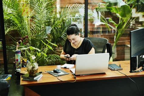 Best Desk Plant by Which Indoor Plants Are Best Suited For An Office Metro