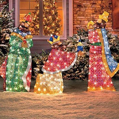 set of 6 lighted holy family wisemen shimmering nativity