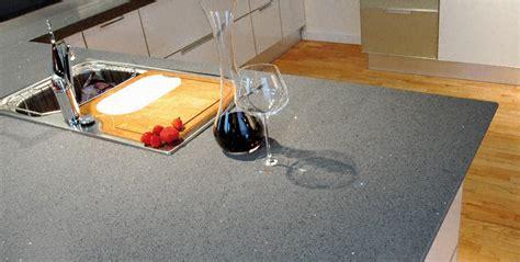 plan de travail cuisine en quartz cuisine plan de travail de cuisine moderne clair en quartz