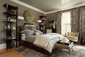 Taupe, Bedding