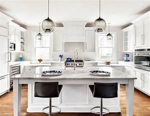 Kitchen island pendant lighting and counter