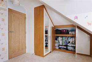 Commode Sous Pente : amenagement interieur placard chambre dressing placard ~ Edinachiropracticcenter.com Idées de Décoration