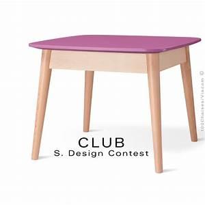 Petite Table En Bois : petite table carr e club en bois de h tre plateau mdf fintion couleur ~ Teatrodelosmanantiales.com Idées de Décoration