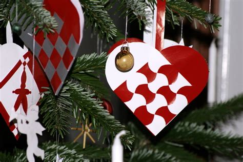 The Pleated Christmas Heart Decorating Ideas For Bookcases By Fireplace Decoration Over Corn Stove Insert Design With Tile Ebay Wood Burning Inserts Portable Outdoor Gas Inside