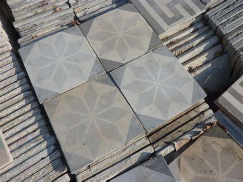 carrelage ciment ancien occasion il suagit de carreaux ciments x dmonts dans de vieilles demeures ils sont dmonts transports