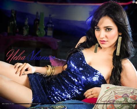 Neha Sharma Age, Height, Weight, Bra Size, Affairs, Family ...