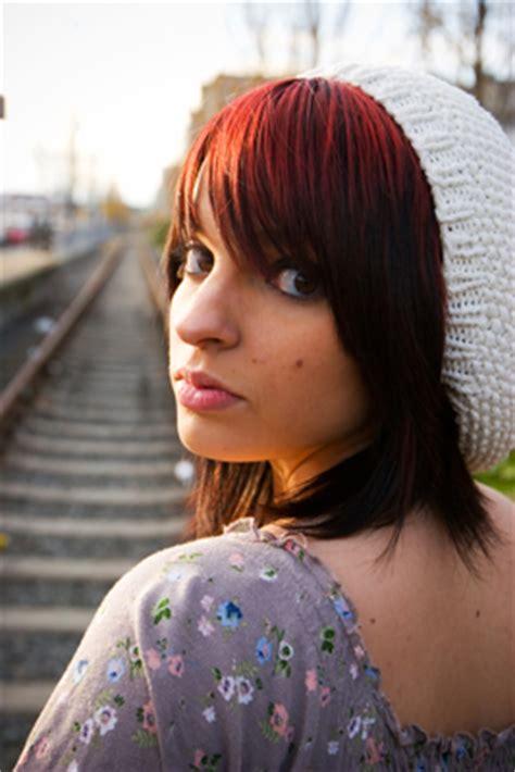 coloring  hair  pregnancy   safe  dangerous