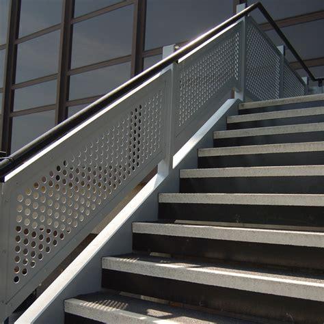 nez de marche antiderapant escalier nez de marche antid 233 rapant nez de marche agrippant watco