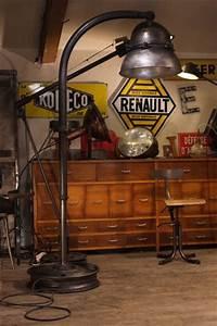 Luminaire Style Industriel : renaud jaylac brocantes antiquites decoration industrielles ~ Teatrodelosmanantiales.com Idées de Décoration