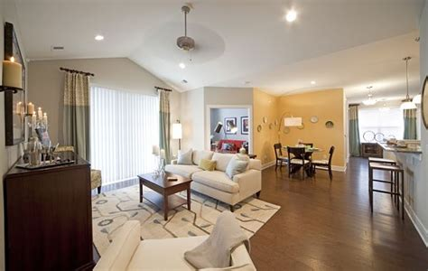 features apartments  weatherby