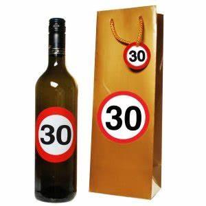 Pappteller 30 Geburtstag : 30 geburtstag geschenke deko geburtstagsgeschenke geschenkartikel und dekoration ~ Markanthonyermac.com Haus und Dekorationen