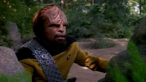 Watch Star Trek: The Next Generation Season 7 Episode 4 ...