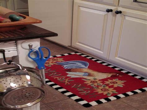 Rooster Kitchen Rugs Creating A Country Kitchen Nuance Modern Corner Kitchen Table Zack Accessories Red Rugs For Earth Country Cabinets Sliding Cabinet Organizers Inspiration Cakes