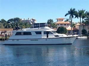 Price Reduced On This 7039 Hatteras Yacht Atlantic Yacht