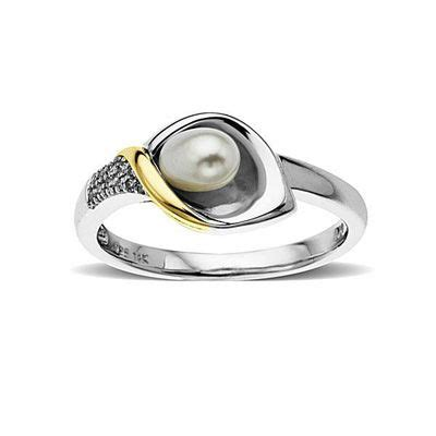 cultured freshwater pearl calla lily ring  sterling