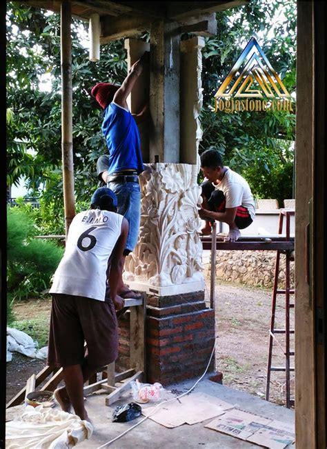 Gambar tiang teras kotak serutanmodel tiang teras rumah batu alam klasik sederhana kedua adalah berbentuk persegi. Pilar teras motif pemandangan