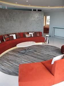 Canape demi lune et canape rond 55 designs spectaculaires for Tapis bébé avec canapé orange design