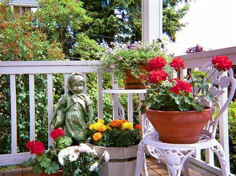 Hängende Gärten Balkon by H 228 Ngenden Garten Auf Balkon Gestalten Coole Balkon Pflanzen