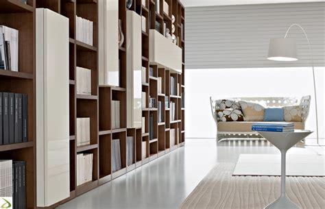 libreria soggiorno design libreria moderna in legno booki arredo design