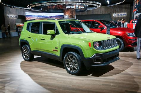 green jeep renegade exterieur neue farbe jungle green jeep 75th