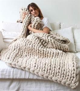 Plaid En Grosse Maille : couverture grosse maille laine i love tricot ~ Teatrodelosmanantiales.com Idées de Décoration