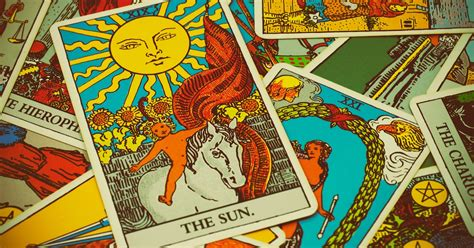 spellbinding history  tarot cards  fortune telling