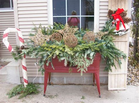 outdoor decorating holiday decorating pinterest