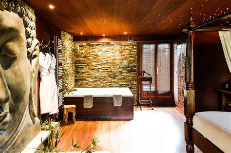 Weekend Romantique  12 Chambres Avec Jacuzzi Privé