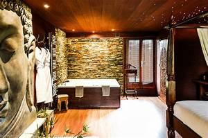 Week end romantique 12 chambres avec jacuzzi prive for Chambre d hote normandie avec jacuzzi
