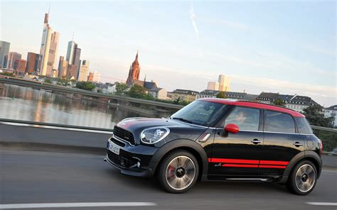 2018 Mini Cooper Countryman S All4 John Cooper Works Side