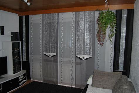http wohninspirationen ideen fuers schlafzimmer wohnzimmer schiebevorhang in wei 223 silber und grau mit