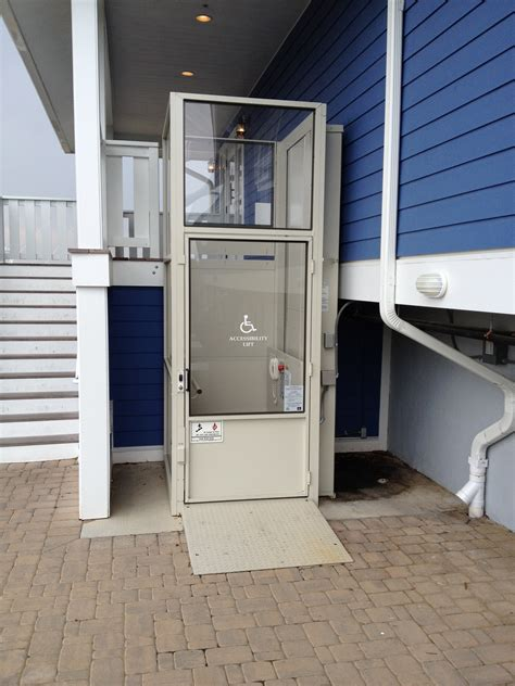 exterior wheelchair platform lift for the disabled