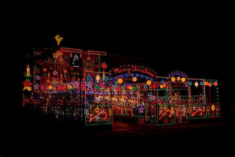 cool extreme christmas lights toronto