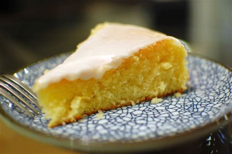 moist lemon butter cake  secret  making moist cakes