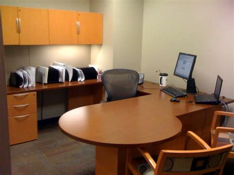 How To Achieve A Clean Office Space?