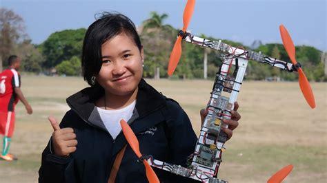 membuat drone quadcopter  menerbangkan youtube