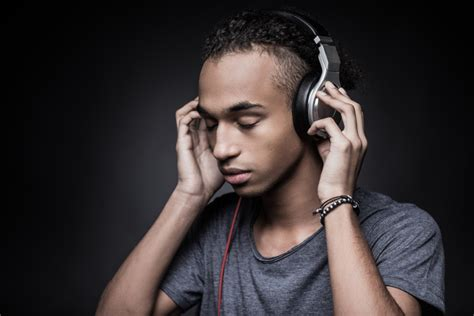 How Listening To Music In A Group Influences Depression