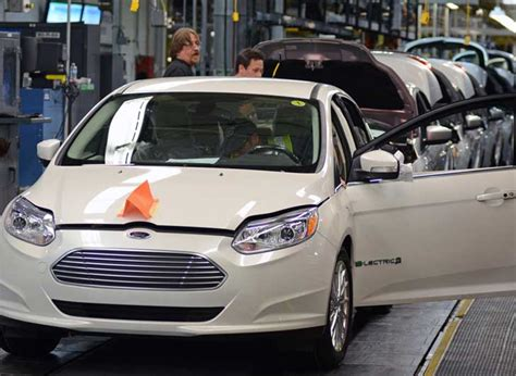 Ford Focus Plant by Ford Starts Producing Ford Focus Electric Vehicles