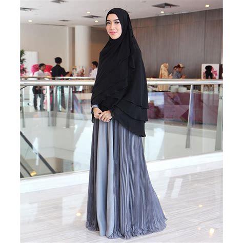 hijab fashion blogger indonesia cakep  sukses