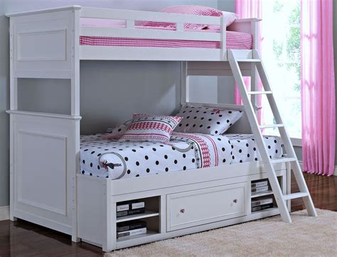 Megan Youth White Bunk Bedroom Set From New Classics (05